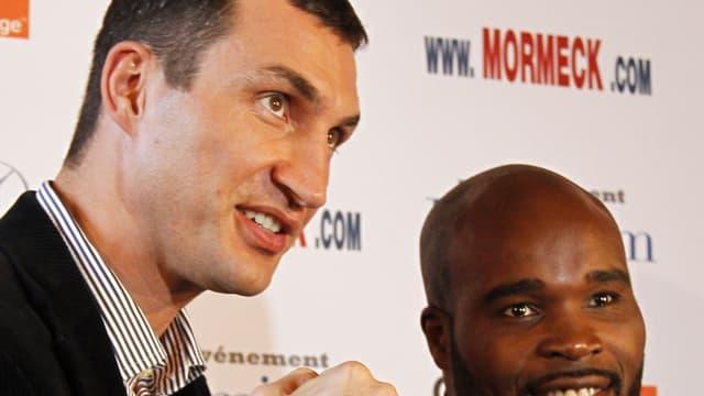 Vladimir Klitschko aux côtés de Jean-Marc Mormeck