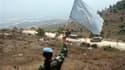 Casque bleu des Nations unies dans le village d'Adaïsseh, au Sud-Liban, où un journaliste libanais, deux soldats libanais et un officier israélien ont été tués lors d'un incident frontalier. L'incident rompt inopinément la trêve entre le Liban et Israël c