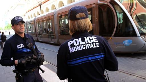 C'est la police municipale qui aurait retrouvé l'adolescente.  (Photo d'illustration)