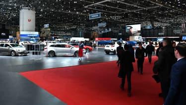 IMAGE D'ILLUSTRATION - Au salon automobile de Genève (Suisse) s'exposent de nombreuses nouveautés hybrides et électriques pour remplacer les véhicules les plus anciens.