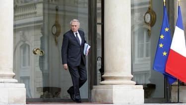 """Le pouvoir socialiste français n'a pas de problème avec l'Allemagne, a réaffirmé mercredi Jean-Marc Ayrault, qui a accusé l'UMP d'être dans l'""""ignorance"""" et le """"fantasme"""" sur la relation franco-allemande. /Photo prise le 2 mai 2013/REUTERS/Charles Platiau"""
