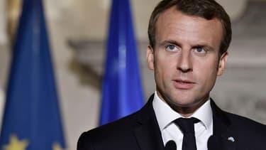 Emmanuel Macron a appelé le FMI à ne pas ajouter de conditions au plan d'aide à la Grèce
