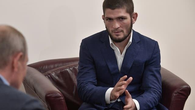 UFC: Khabib pourrait sortir de sa retraite selon Dana White