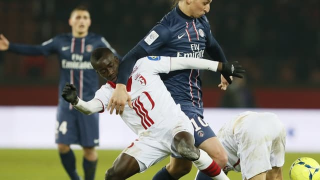 Zlatan Ibrahimovic et Idrissa Gueye