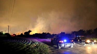 Explosion meurtrière dans une usine d'engrais au Texas.