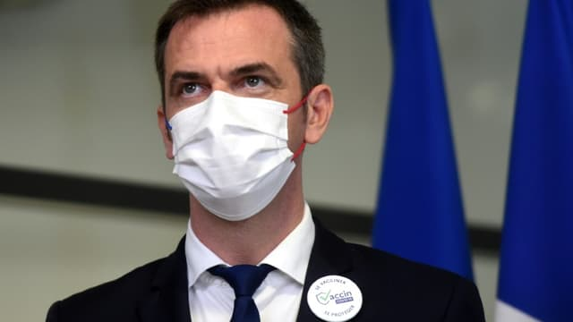 Olivier Véran se donne jusqu'à septembre avant d'imposer la vaccination aux soignants, en particuliers ceux qui travaillent dans les Ehpad