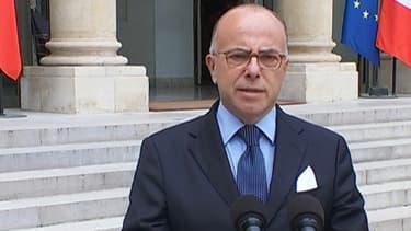 Bernard Cazeneuve mercredi à la sortie du conseil de défense.