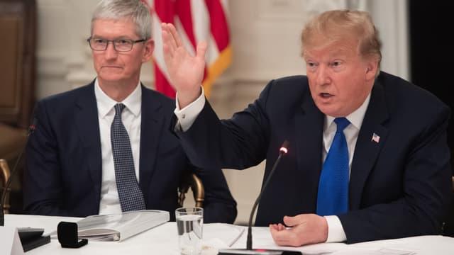 Donald Trump et Tim Cook - Image d'illustration