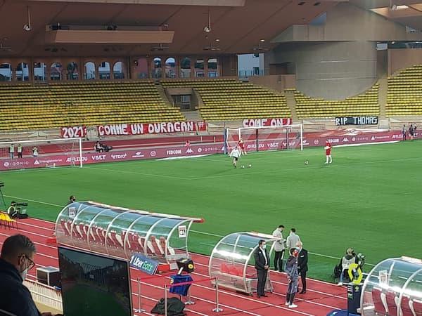 """La banderole """"comme un ouragan"""" à Monaco"""