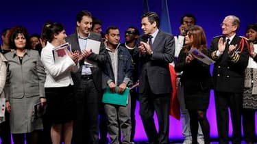François Fillon, lors d'une cérémonie de remise de décrets de naturalisation à la préfecture de police de Paris.