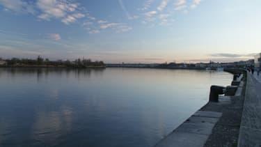 Les quais de la Garonne à Bordeaux ont conduit à de nombreux accidents.