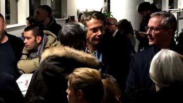 Les infortunés passagers du vol New York-Paris AF007 de dimanche, patientent.