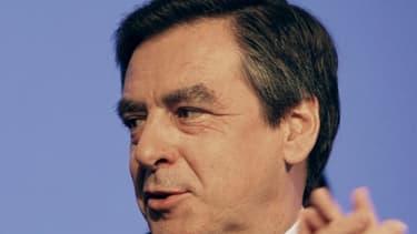 François Fillon s'inquiète de la légèreté du gouvernement sur le déficit public