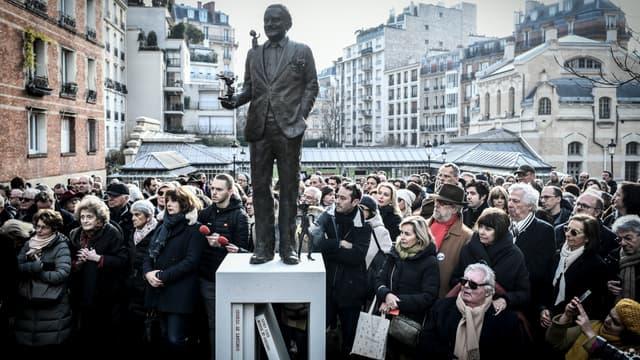La statue de René Goscinny à Paris