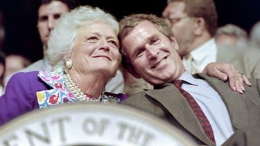 Barbara Bush et son fils Georges Bush.