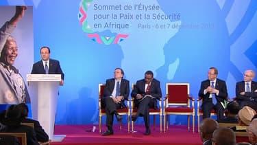 François Hollande a prononcé le discours d'ouverture du sommet France-Afrique, ce vendredi, a l'Elysée, face à une quarantaine de dirigeants africains.