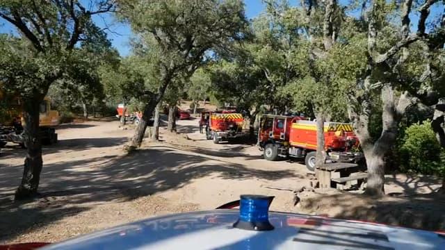Les pompiers face au risque d'incendie dans le sud-est de la France.