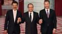 """François Hollande en compagnie du magnat indonésie Rusdi Kirana, directeur général de Lion Air et du directeur exécutif d'Airbus Fabrice Brégier. Pourtant peu adepte du style """"président-VRP"""" qu'il reprochait à Nicolas Sarkozy, le chef de l'Etat a organisé"""