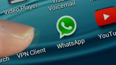 Selon Bouygues Telecom, les applications sur smartphone comme WhatsApp ou iMessage ont pris le relais des SMS