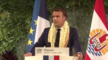 """Essais nucléaires: Emmanuel Macron affirme que la France a """"une dette"""" envers la Polynésie"""