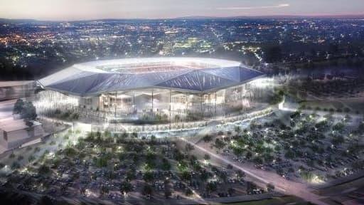 Le grand stade de Lyon devrait être opérationnel pour la première journée de la saison de football 2015-2016.