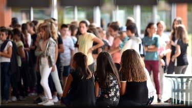 Les chercheurs estiment que la fin de l'adolescence devrait être reculée de cinq ans. (Photo d'illustration)