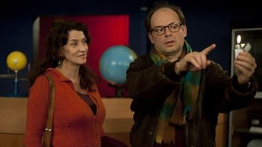 """Les acteurs Noémie Lvosky et Denis Podalydès dans """"Camille redouble"""", l'un des films les plus rentables du cinéma français en 2012"""