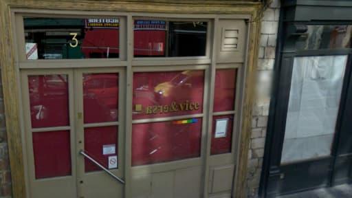 La façade du Vice & Versa, bar gay lillois situé dans le Vieux-Lille où a eu lieu l'agression.