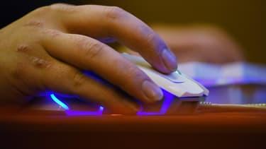 Le Conseil constitutionnel a censuré le coeur de la loi sur la lutte contre la haine en ligne, jugeant que certaines nouvelles obligations à la charge des opérateurs de plateformes étaient attentatoires à la liberté d'expression et de communication