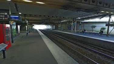 La circulation du RER C est interrompue à cause d'un incendie près du pont du Garigliano.