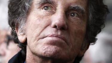 L'inusable Jack Lang, evient à 72 ans sur les terres de son enfance, la Lorraine, pour mettre son entregent au service d'un nouveau fief électoral et s'offrir l'espoir de relancer sa carrière politique. L'ancien ministre socialiste, député sortant du Pas-