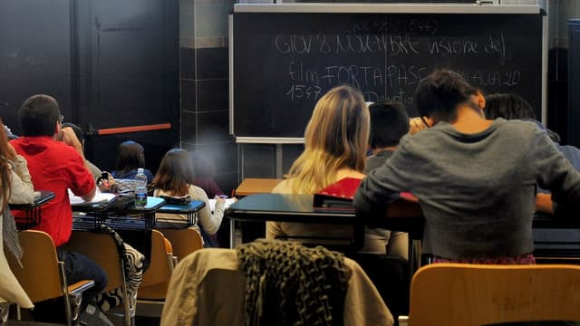 Des étudiants suivent un cour à l'Université Roma Tre le 7 novembre 2012 à Rome (photo d'illustration).