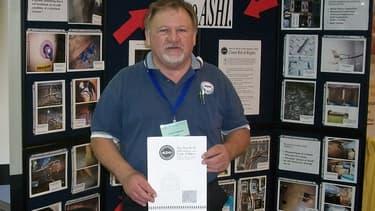James Hodgkinson, 66 ans, ici sur une photo tirée de son profil Facebook, a été identifié comme l'auteur de la fusillade contre des membres du Congrès perpétrée le 14 juin près de Washington.