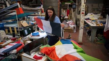 Une fabrique de drapeau (image d'illustration)