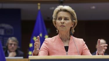 La présidente de la Commission européenne Ursula Von Der Leyen s'exprime devant les députés européens le 16 septembre 2020 à Bruxelles