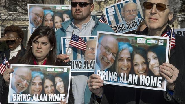 Une pancarte de soutien à Alan Gross, lors d'une manifestation à Washington, en décembre 2013.