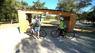 L'E Bike Port est une station de recharge autonome