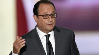 """François Hollande invite """"chacun à maîtriser sa parole gouvernementale""""."""