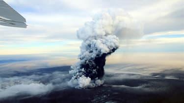 Le panache de cendres et de vapeur s'échappant du volcan Grímsvötn en mai 2011 (Photo d'illustration).