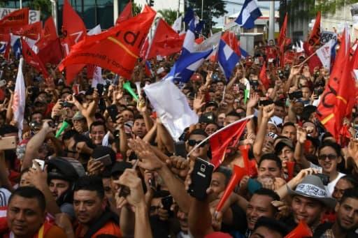 Manifestation en faveur du candidat présidentiel de l'opposition Salvador  Nasralla, le 6 janvier 2018 à San Pedro Sula, (180 km nord de Tegucigalpa)