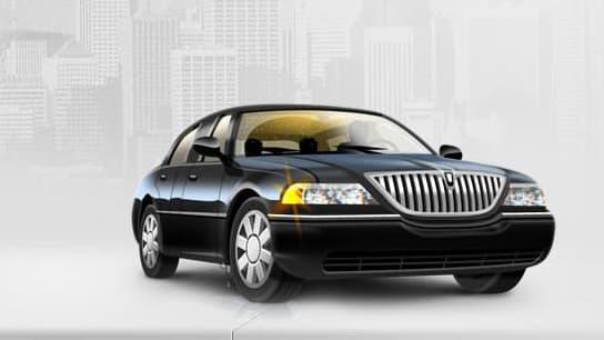 Über propose des voitures de type Mercedes classe E ou Audi A6, conduite par un chauffeur en costume (DR)
