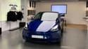 Le Tesla Model Y au Store de Paris-Madeleine.