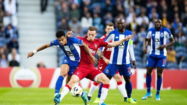 Match aller entre Porto et les Rangers (1-1)