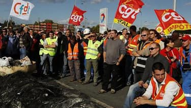 A Paris, les manifestants se regroupent ensuite place de la Bastille. Sur le reste du territoire, des rassemblements sont prévus dans les grandes ville