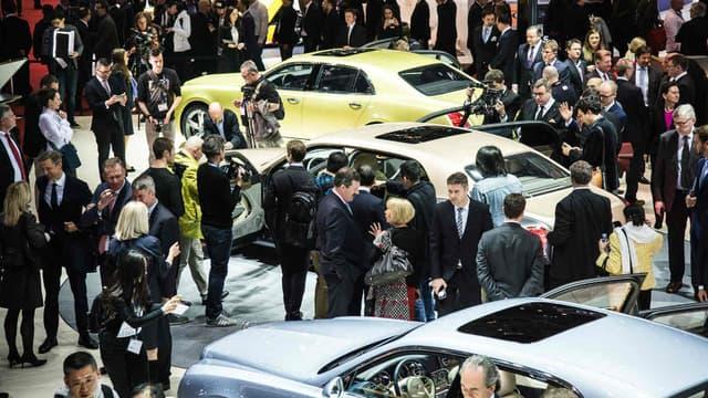 Si Bentley a tout misé sur sa limousine Mulsanne à Genève, le constructeur britannique prépare également un SUV coupé et un coupé hybride rechargeable.