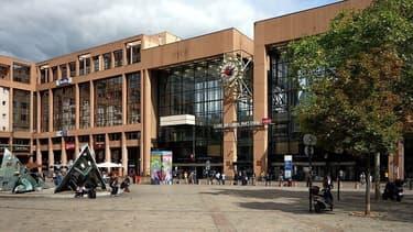 L'homme s'en est pris aux militaires de l'opération Sentinelle lors d'une fausse alerte à la bombe à la gare Lyon-Part-Dieu.