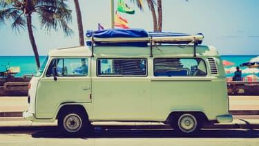 Et si votre citadine (ou votre Combi de collection) vous retrouvait directement sur votre lieu de vacances?