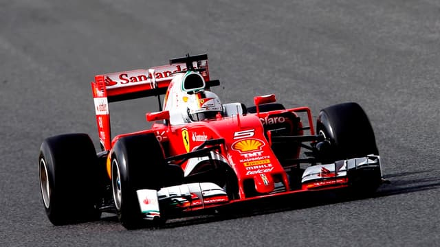 Sebastian Vettel et sa Ferrari sont en tête du championnat de F1.