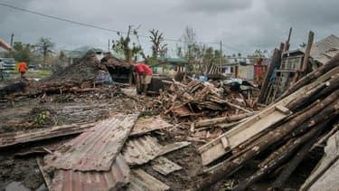 Les dégâts sont considérables au Vanuatu après le passage du cyclone Pam.