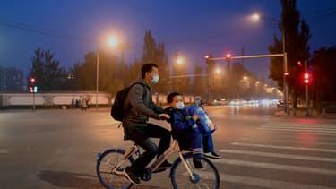 Cycliste à Pékin.